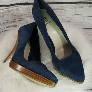 Bakers Jamie leather blue slip on heels sz 8.5